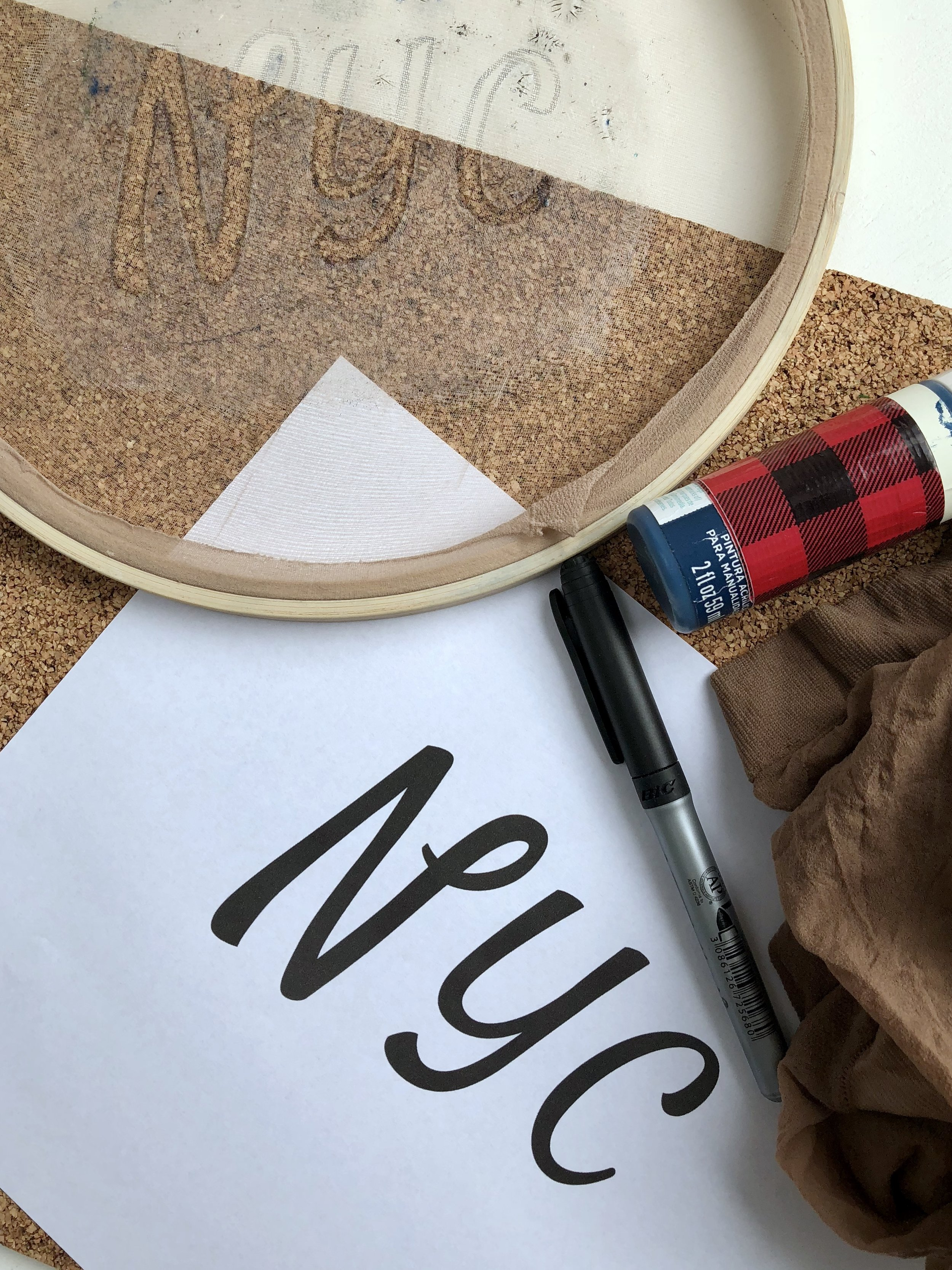 DIY Silk Screen Printing with an embroidery hoop and vintage pennants made from cork board and felt.