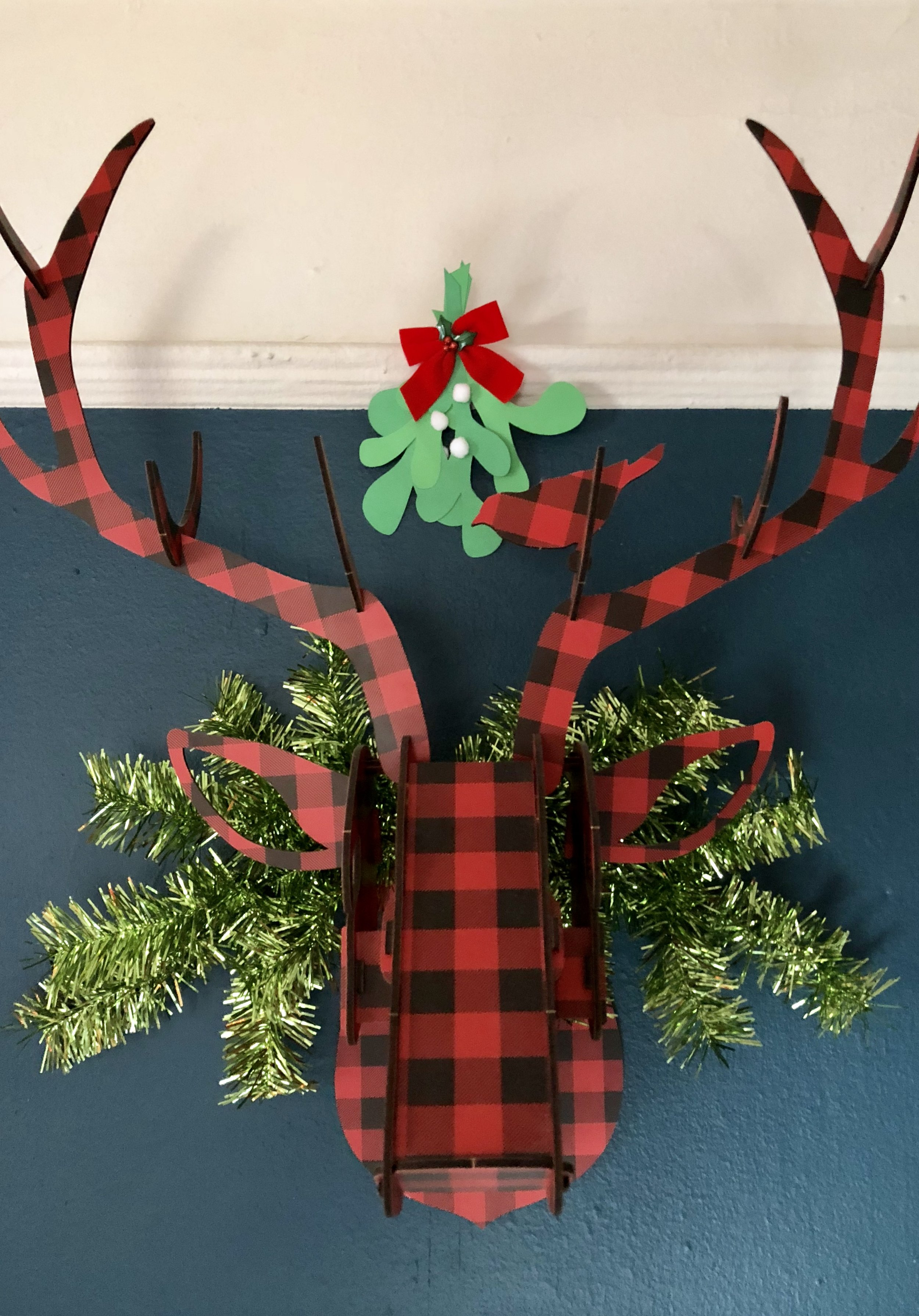 DIY Paper Mistletoe with Free Downloadable Template