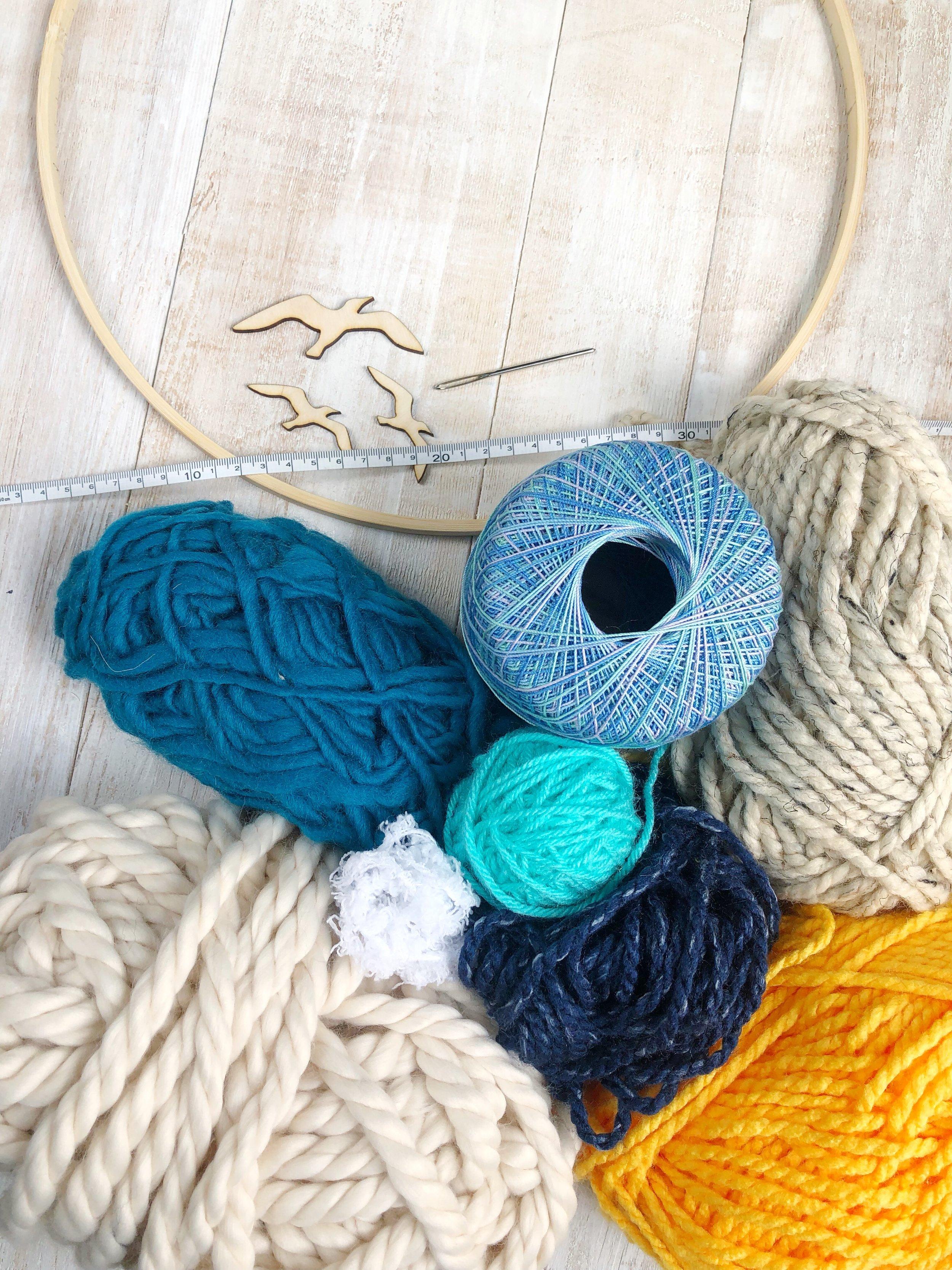 Summer Beach Loom Wreath DIY #summer #summerdiy #summerbeachhouse #beachhouse #embrioderyhoop #embrioderyhoopwreath #yarn #weaving #howtoweave #diycrafts #wreathdiy #summerwreath #summercrafts #Seagulls #etsy #beach #hgtv #water #ocean