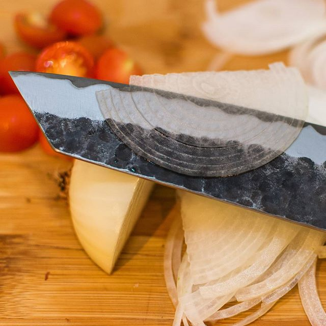 More knife fun. #thinslices #masakage @chefknivestogo