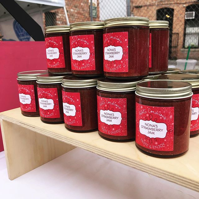 Nona's Strawberry Jam is back! Fresh organic strawberries, organic sugar, and pectin. Only. Good, clean, yumminess!! #palateconscious #prettyontheoutside #yummyontheinside #yum
