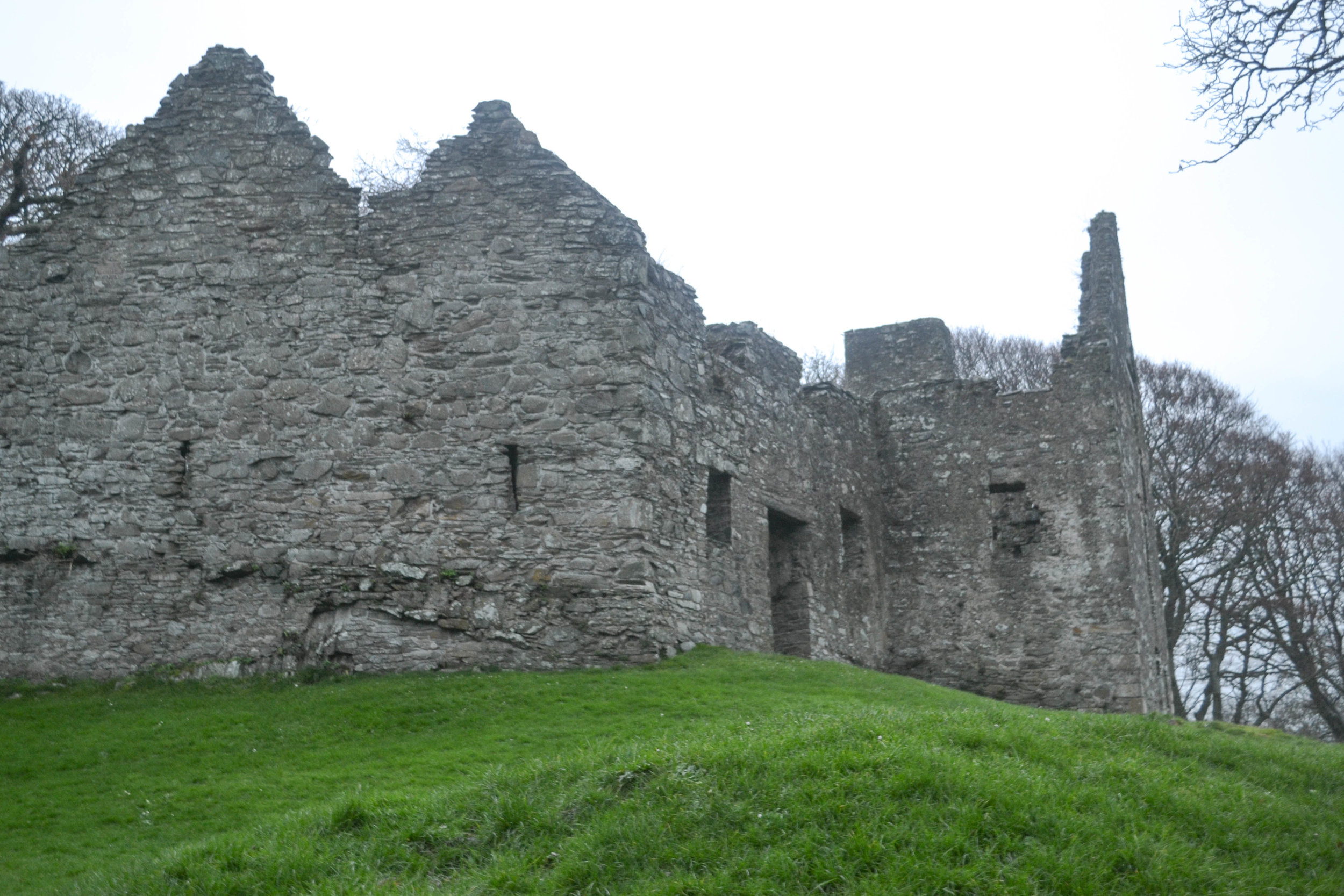 bri rinehart; dundrum castle; ireland