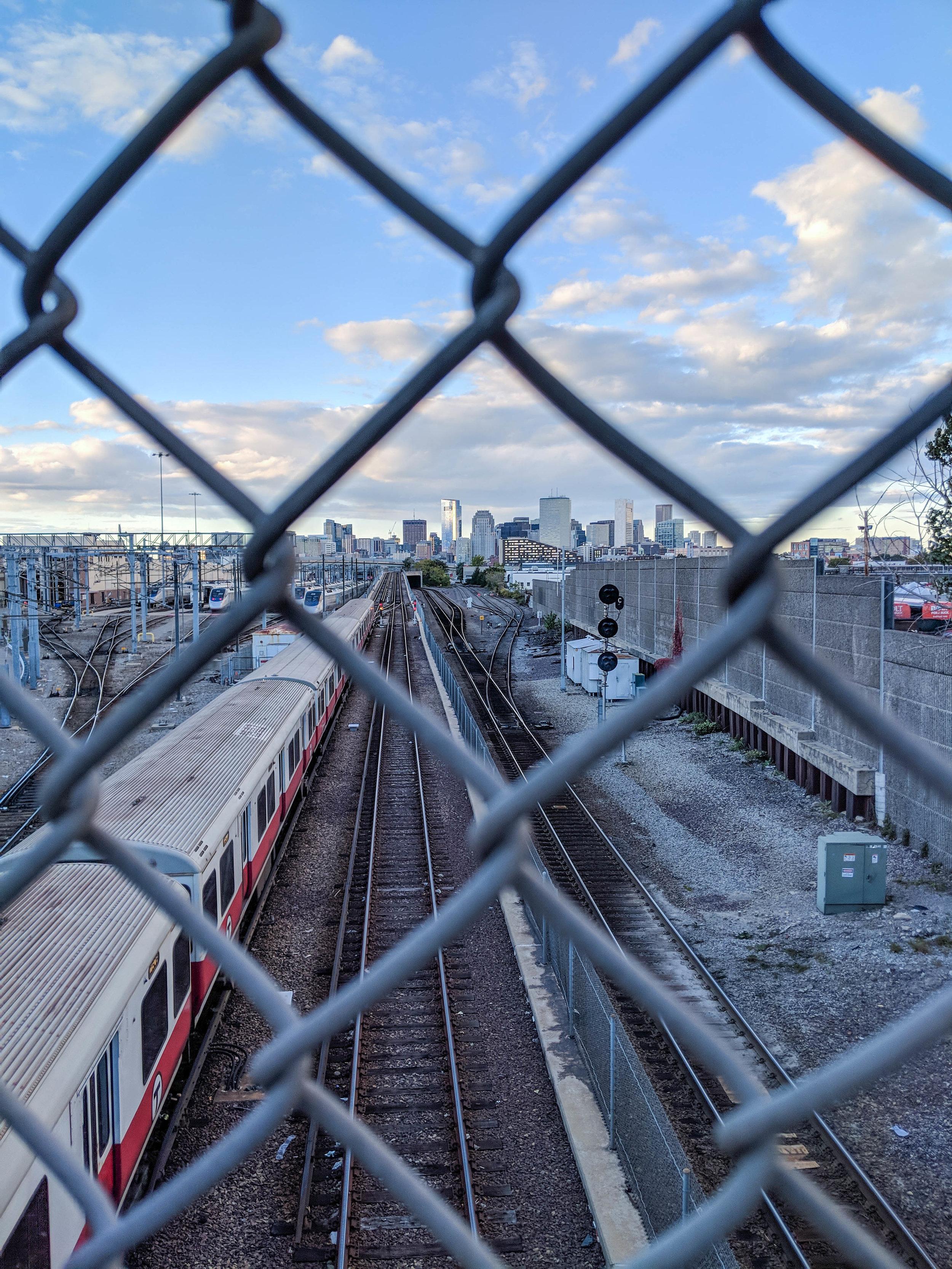 bri rinehart; photography; boston; train; skyline