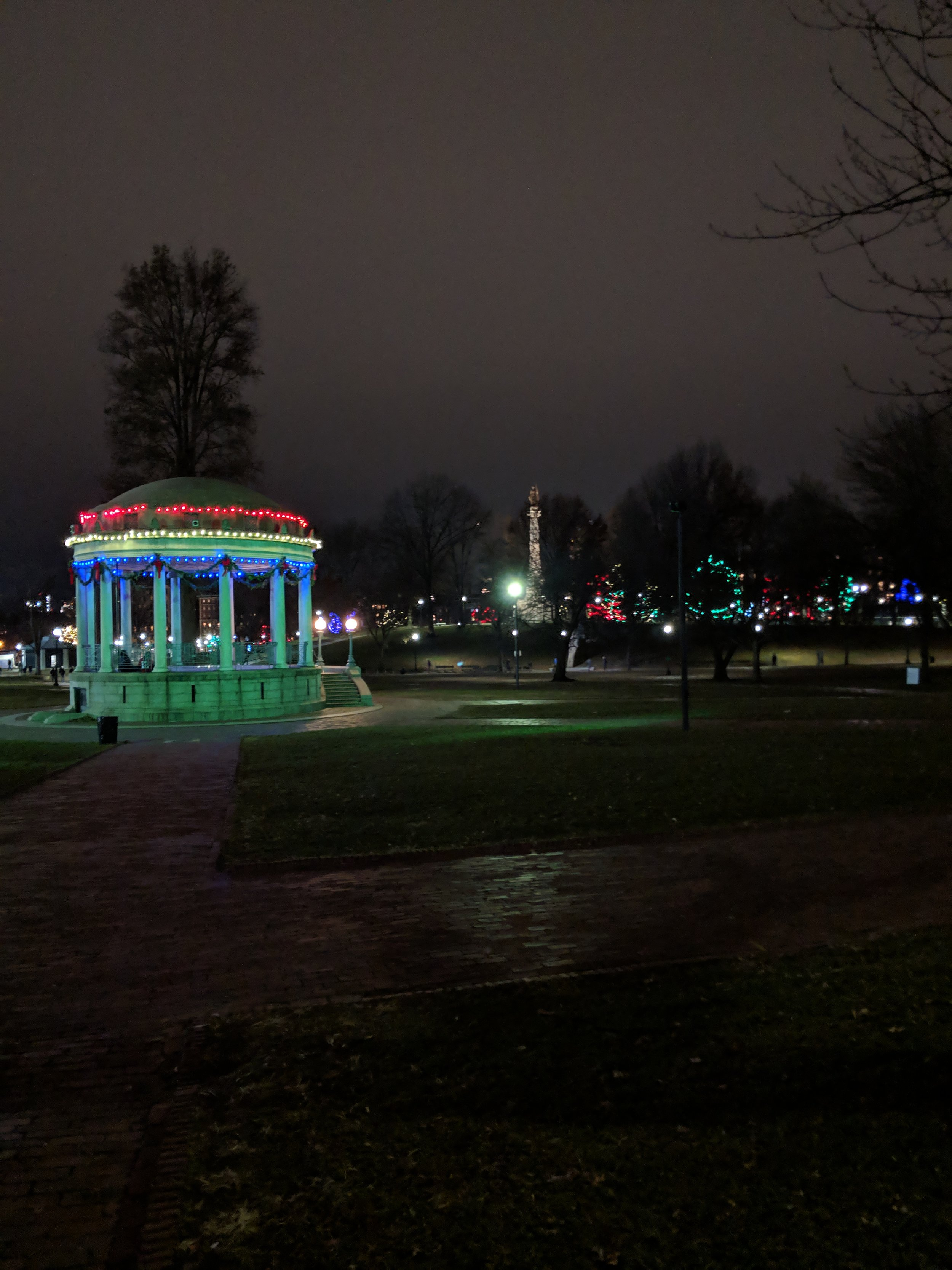 bri rinehart; photography; boston; lights; Christmas