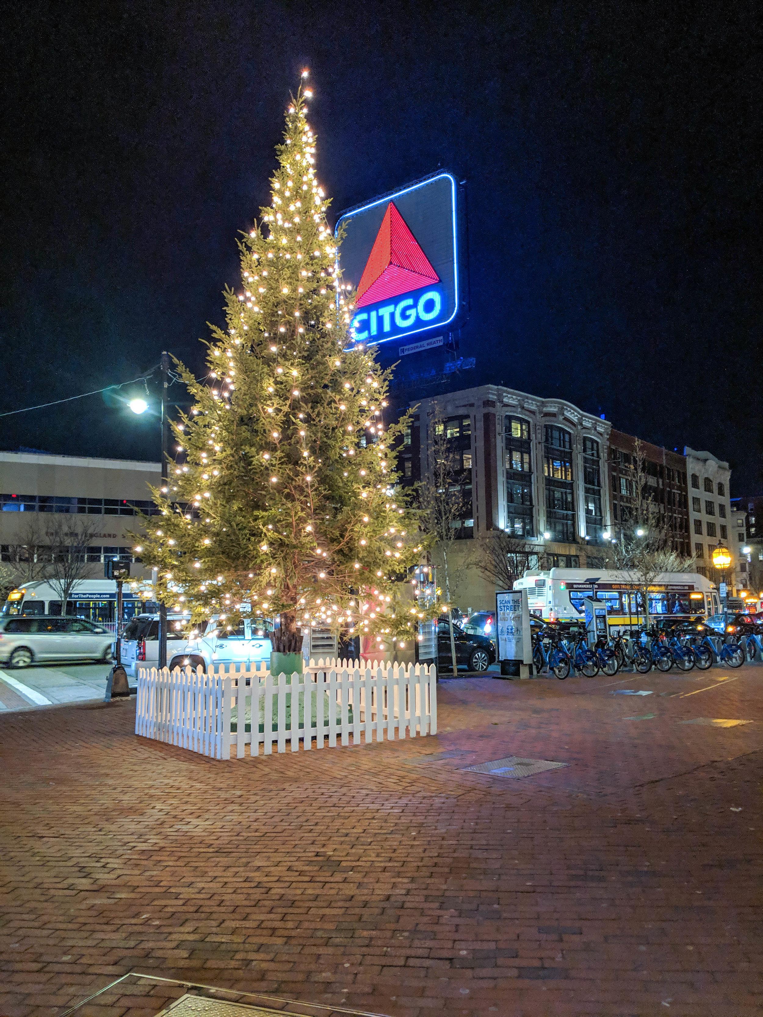 bri rinehart; boston; photography; Christmas; fenway; citgo sign