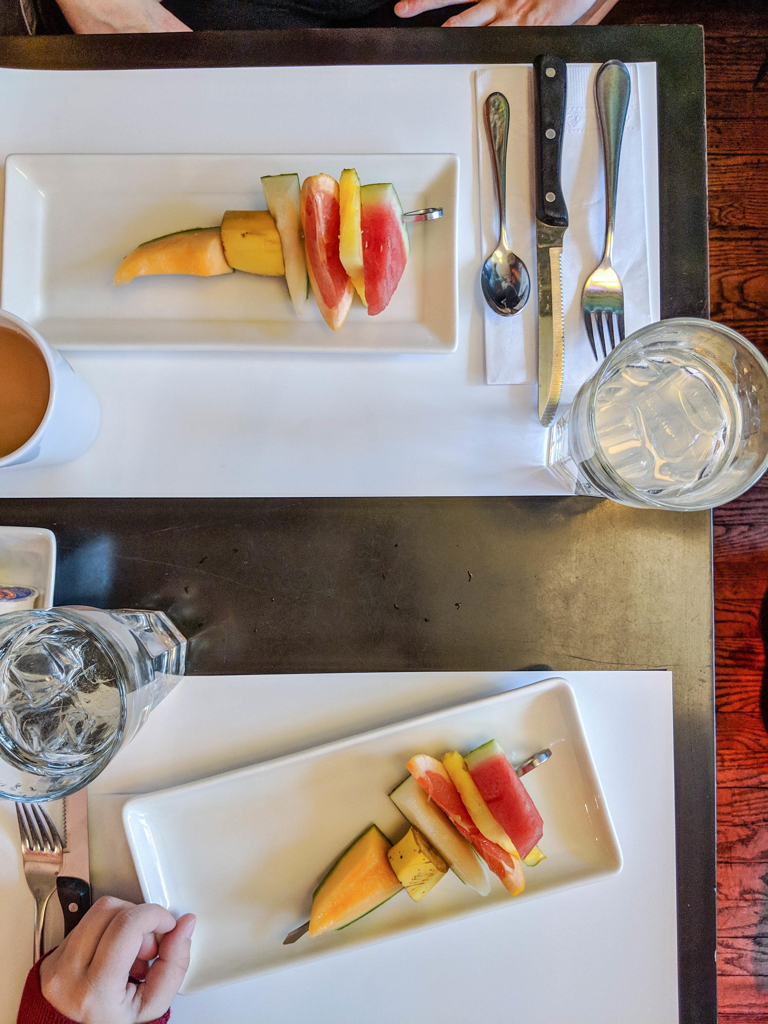 bri rinehart; montreal; restaurant l'avenue, foodie; not your avg foodie guide