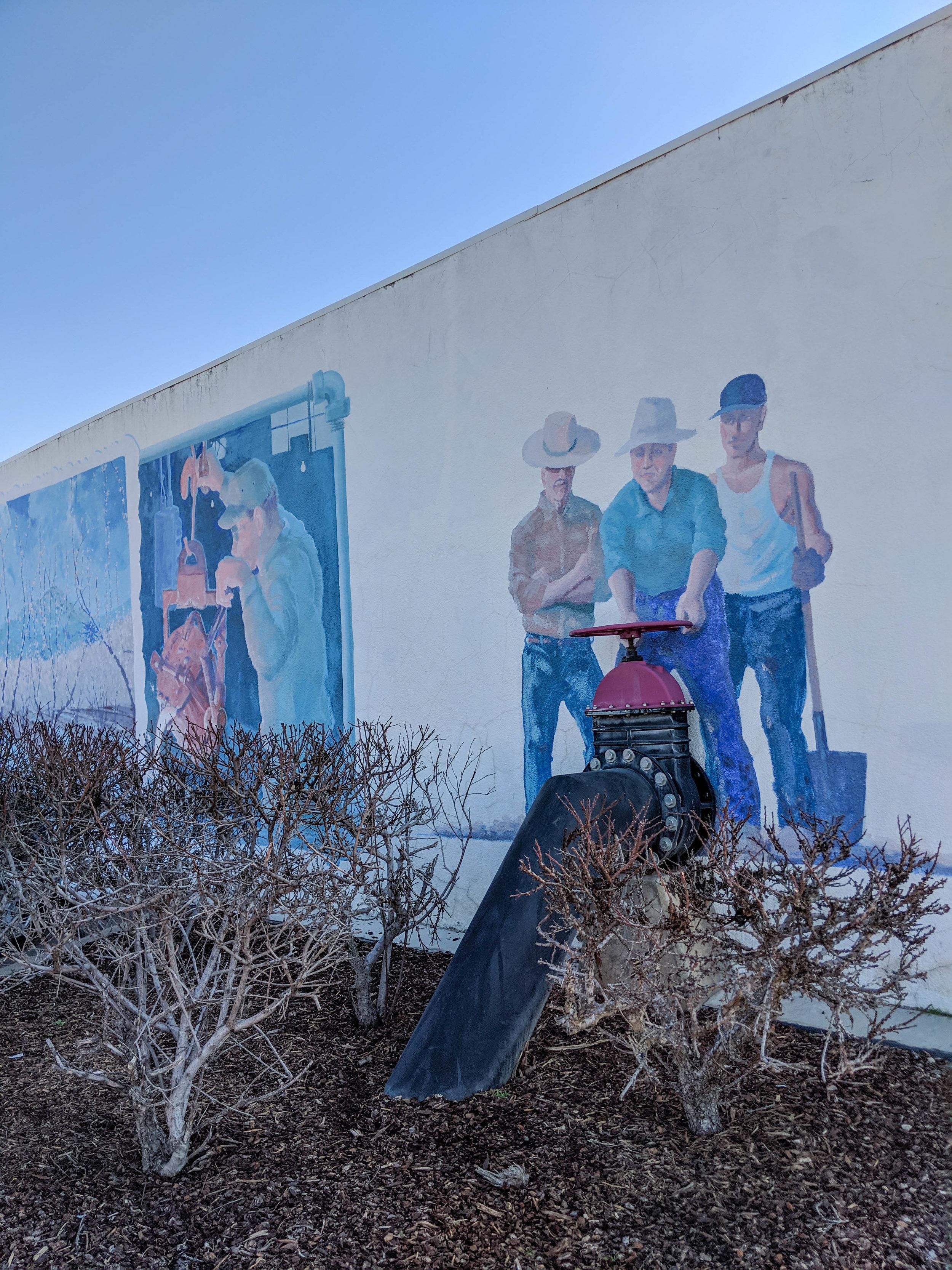 bri rinehart; exeter; murals; california