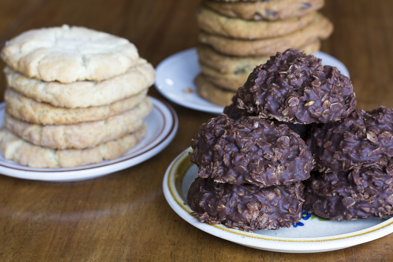 Flying-M_Bakery_Cookies_Stack.jpg