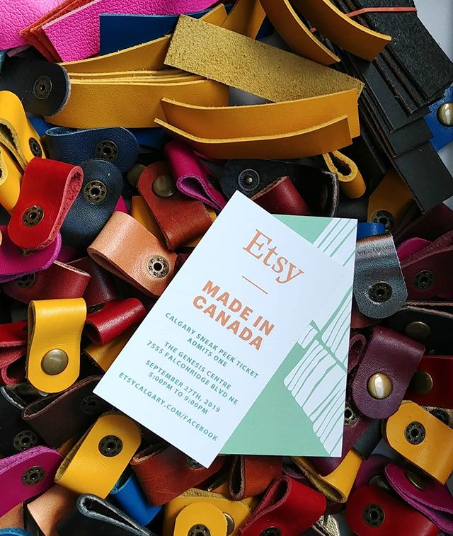 GIVEAWAY!! . I've got 2 Sneak Peak tickets to give away for this Friday's @etsycalgary Made In Canada Market. . To enter: Follow @illoleather & @etsycalgary and tag your shopping budding in the comments. I'll do a random draw on Thursday and will leave the tickets at the door for the winner. . The Sneak Peak night is a ticket only event where you get first dibs on many one of a kind pieces for sale from Local @etsyca makers. There's also some AMAZING gift baskets up for grabs! 5-9pm @genesiscentre