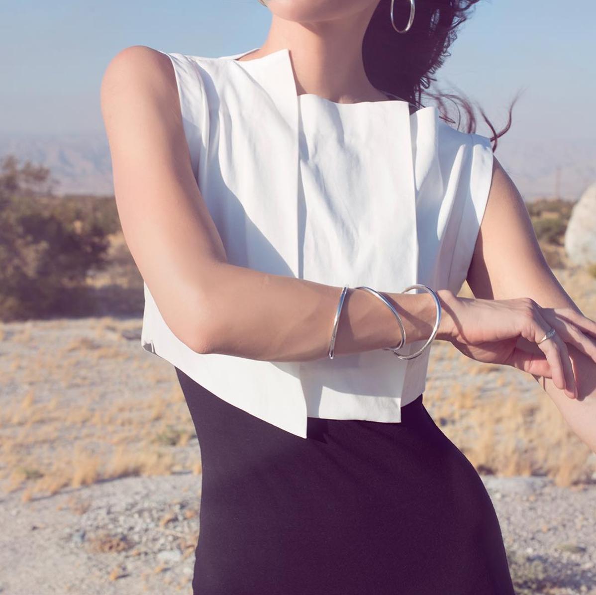 @thoughtfulmisfit / Tienlyn Wearing Gemma Top