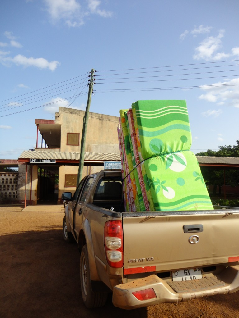 Delivering the mattresses to the Lawra Nutrition Center