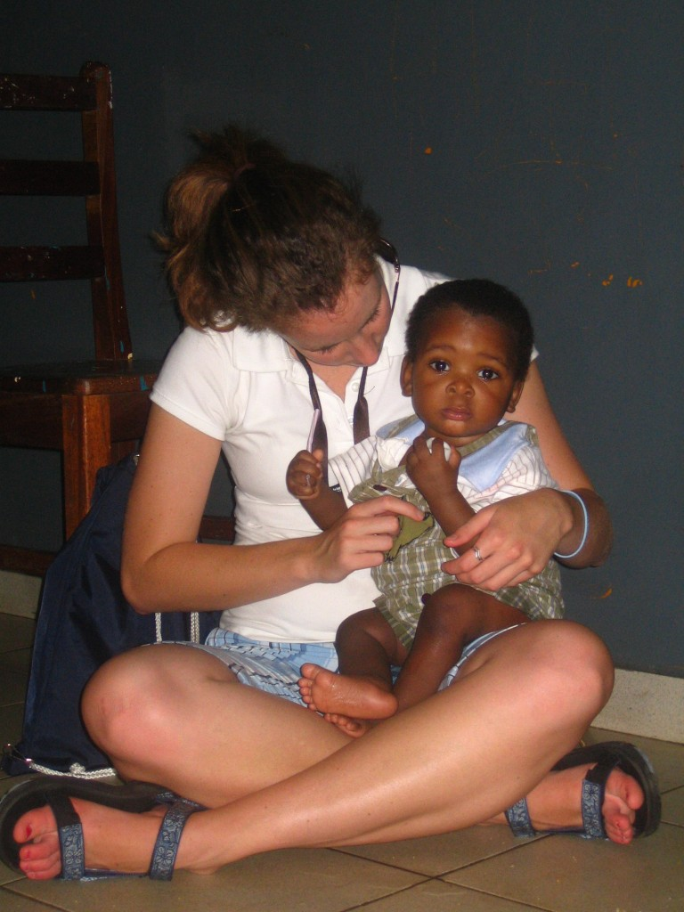 Anna volunteering at an orphanage in Kumasi, Ghana with Project Heal
