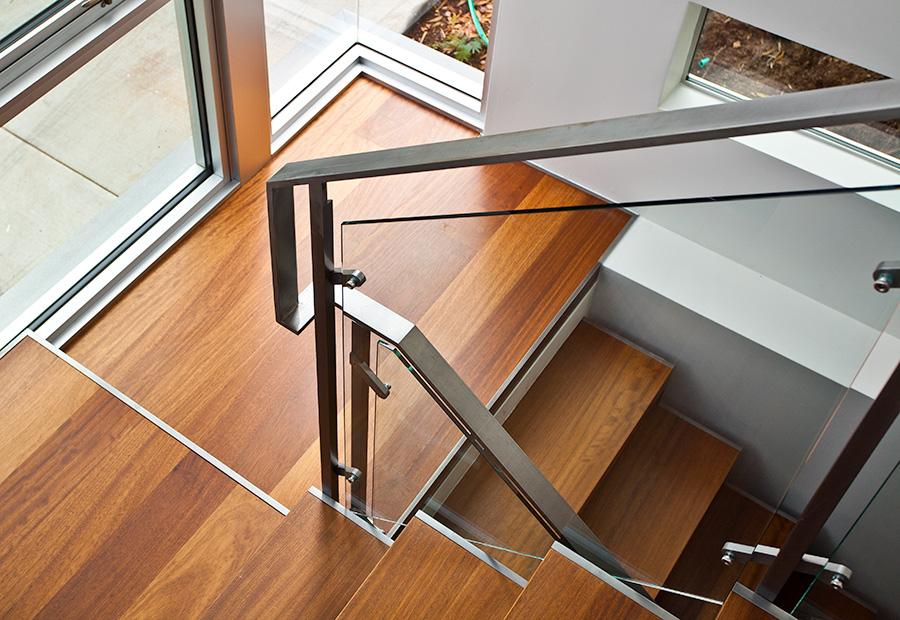 saus_stair_05.jpg