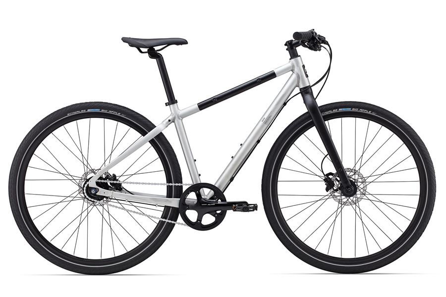 Giant Seek 1 - Sale Price $899.99 (Regular Price $1,075.00)Aluminum frame and fork, steel top tube protector, Shimano Alfine 8-speed internal gears, Shimano M395 hydraulic disc brakes.Sizes Available: Small