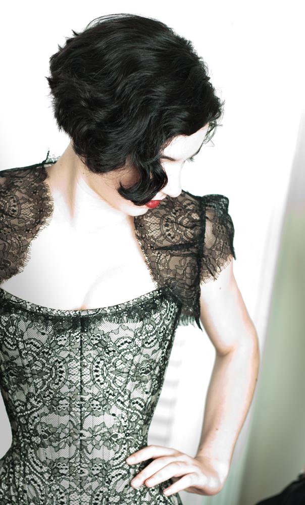 001.marianneSelects_MG_8908.joelaron2012 Dark Garden Unique Corsetry Couture Nouveau Woman in Black Joel Aron.jpg