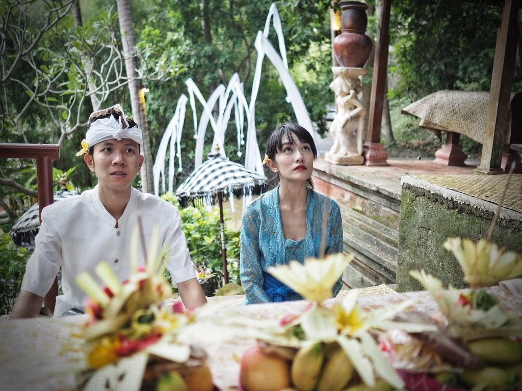 Thank you for giving us a special 2nd wedding anniversary blessing in a local manner.