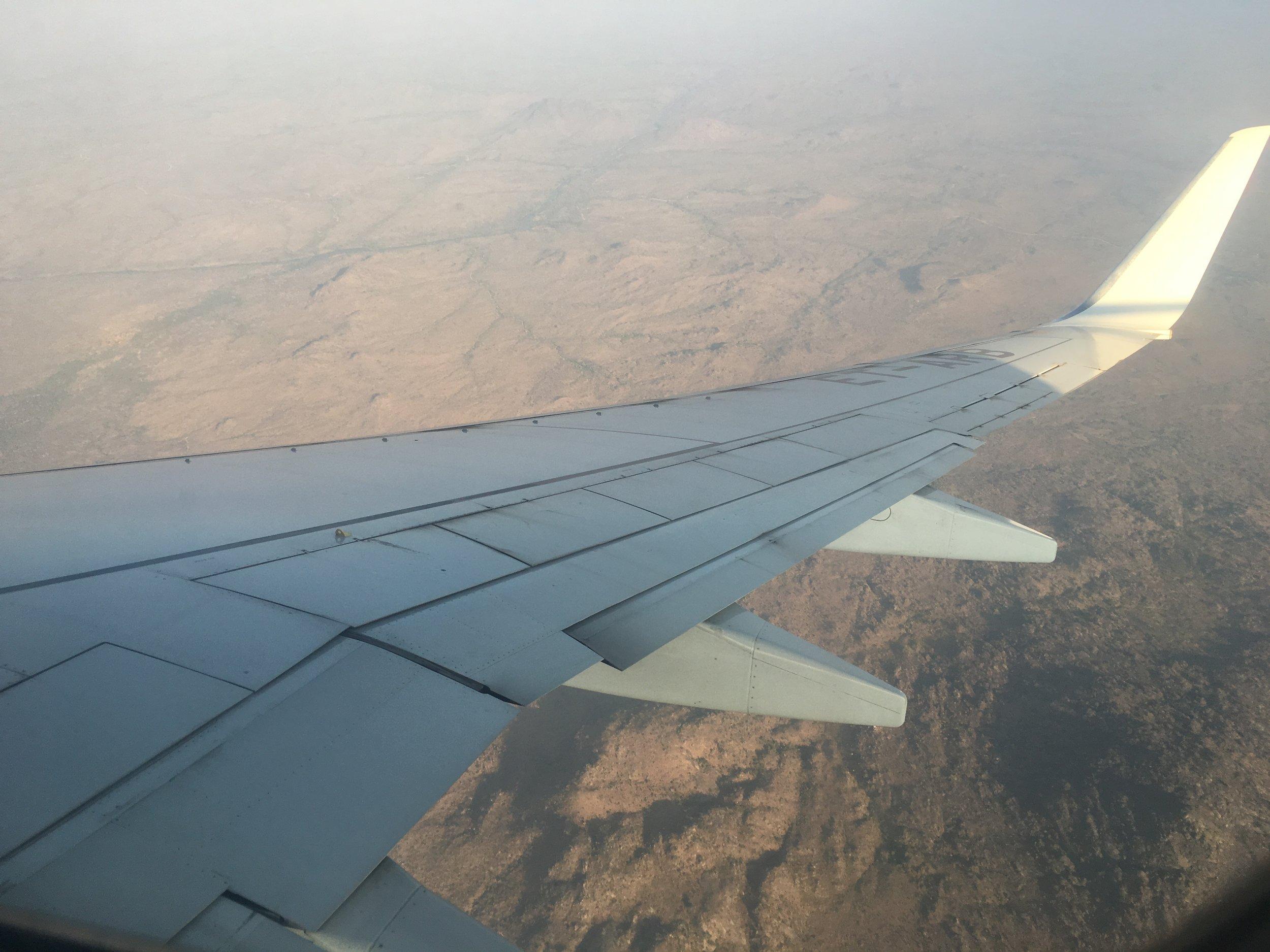 全世界最貧窮的國家 - Malawi 。飛機下降時所見的景色