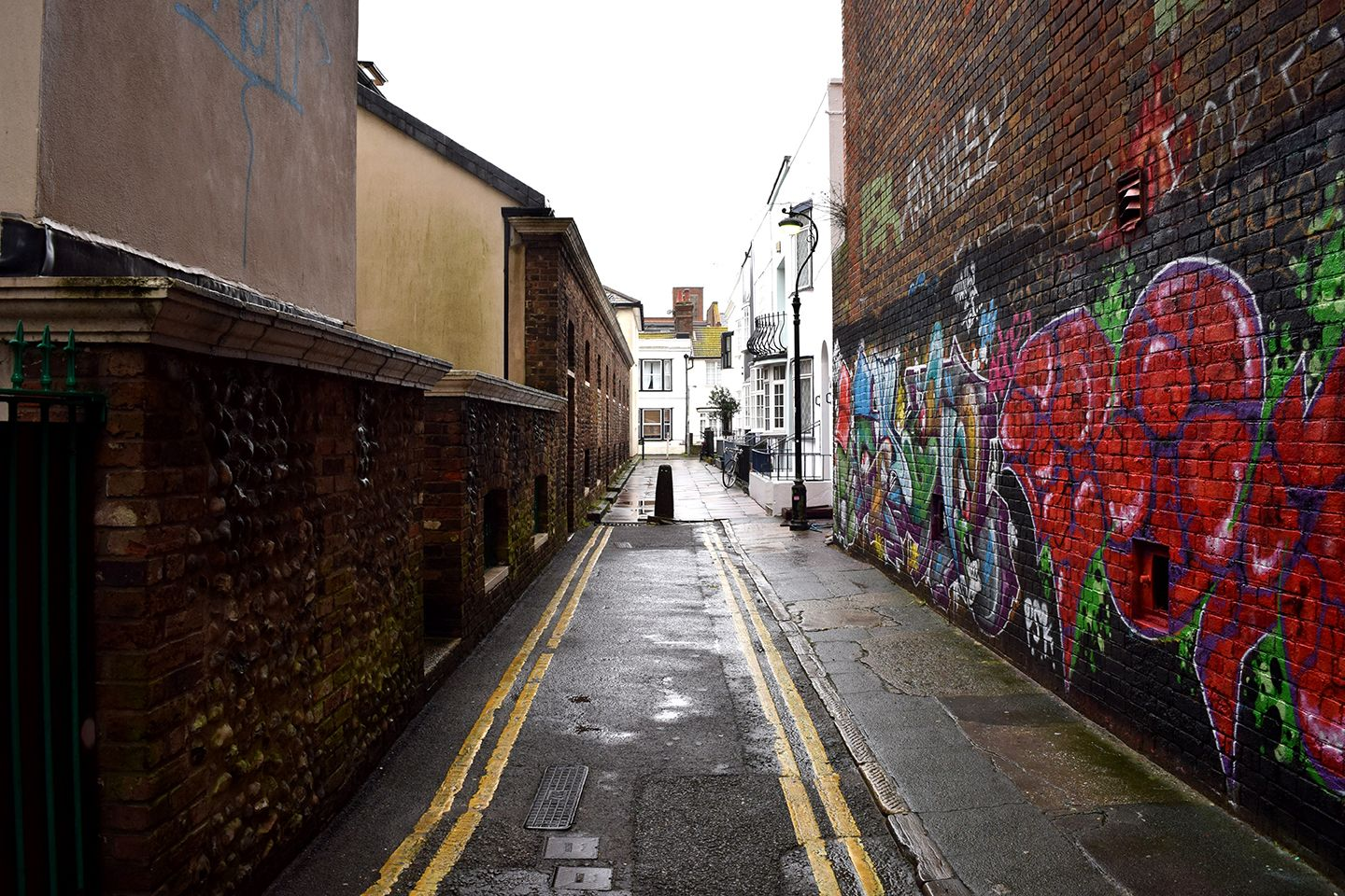 Above image;    View of the opposite end of the alleyway.