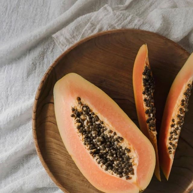 Nature's food for skin 〰️ good for the soul #sunday #papaya #healthyinsideout #selfcare
