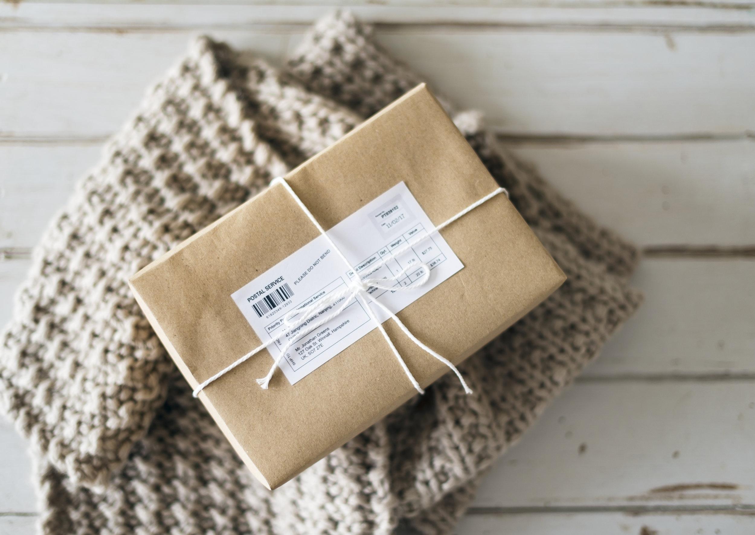 Package_Signing_Woman.jpg