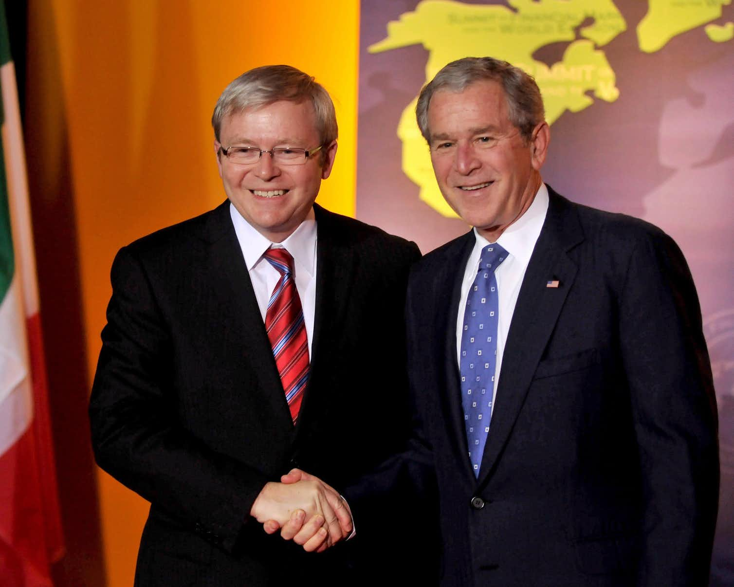 Australian Prime Minister Kevin Rudd meets with Us President George W Bush at the first G20 summit in Washington in 2008. AAP/EPA/Ron Sachs/pool