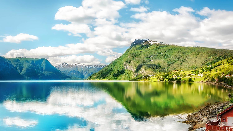 molden-fra-fjorden.jpg