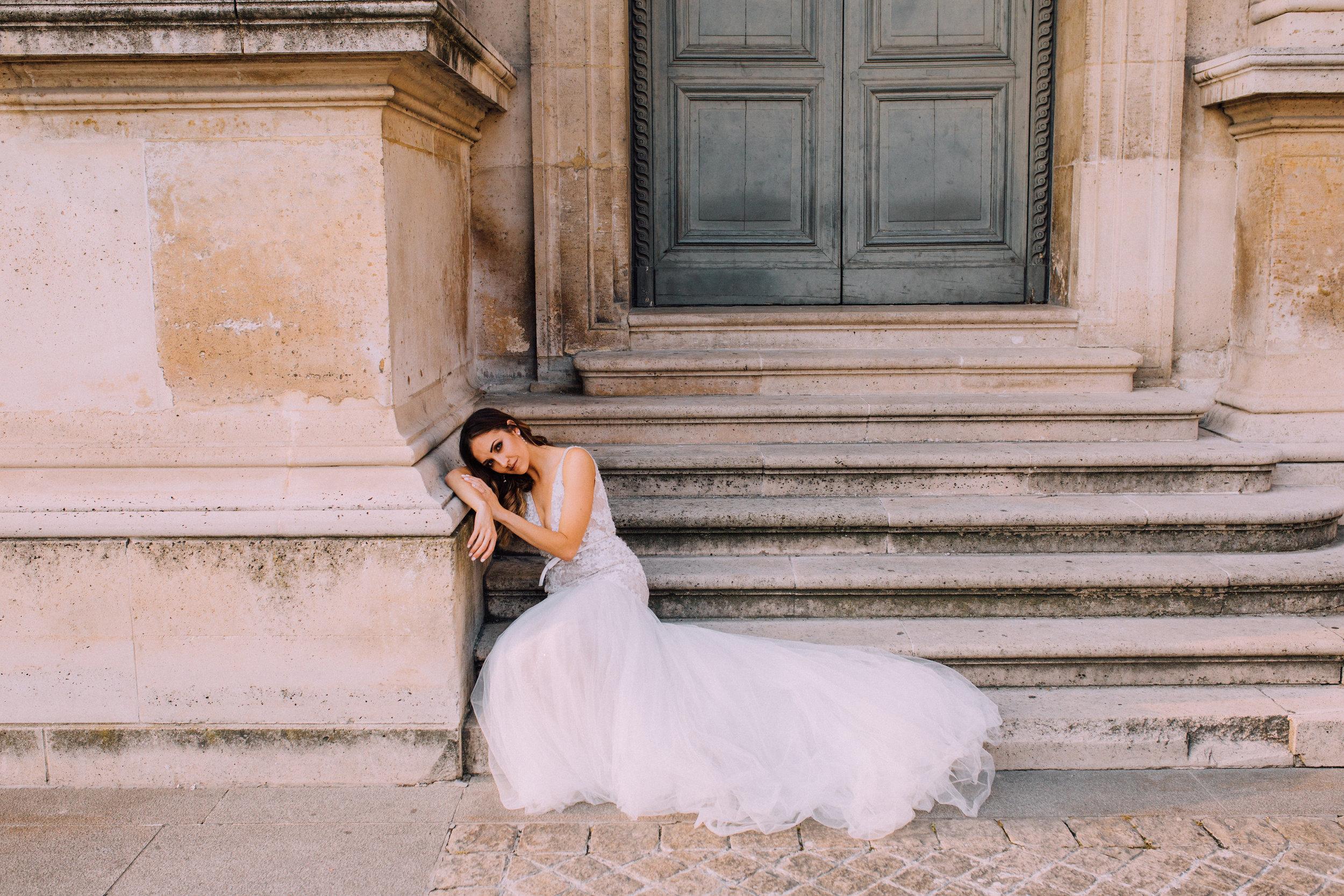 KUSJKA DU PLESSIS - Dress - Anna GeorginaModel - Samantha ClaasenJewellery - Marion RehwinkelLocation - Louvre Museum