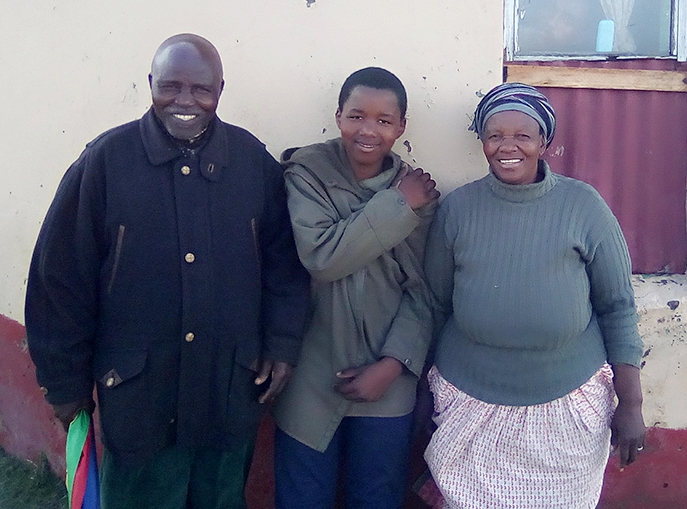 Tulile with parents.jpg