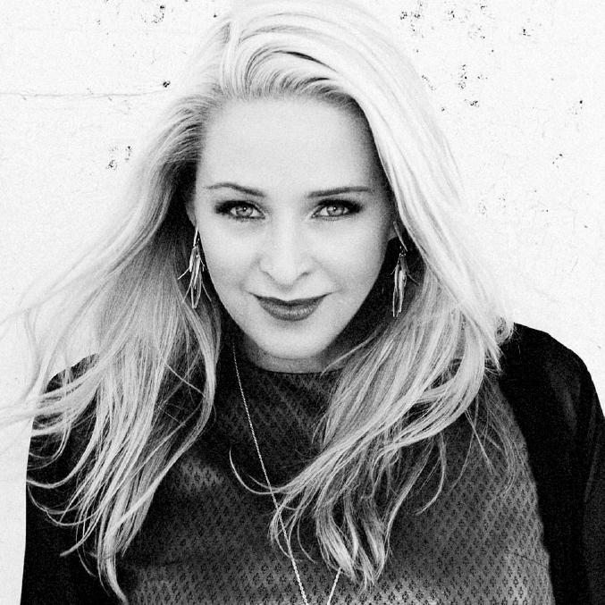 AMANDA PARKES - Chief Innovation Officer, Fashion Tech Lab