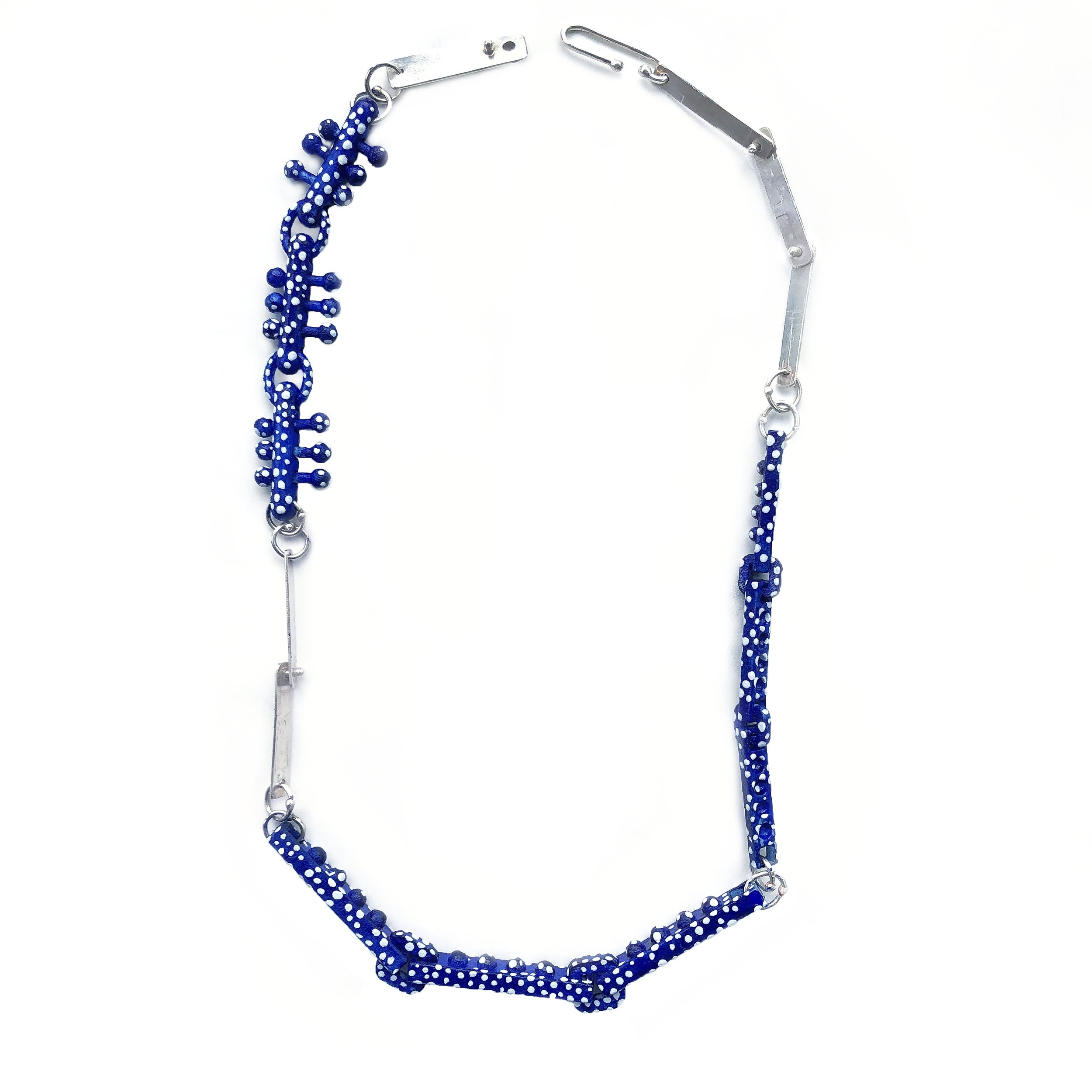 Rolling_Necklace_speckled_blue.jpg