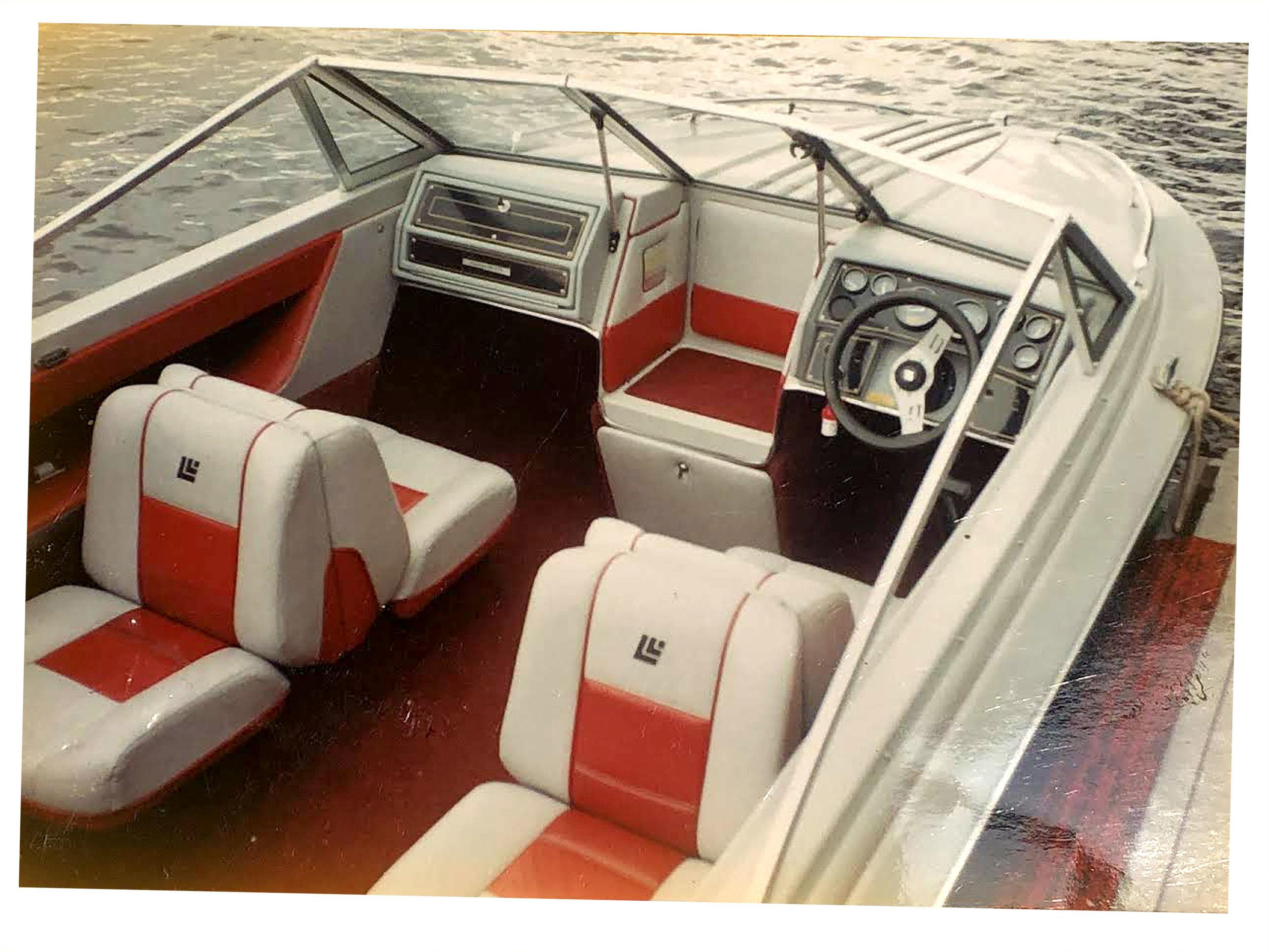 New_Boat_Lot28_Livingroom_B3.jpg