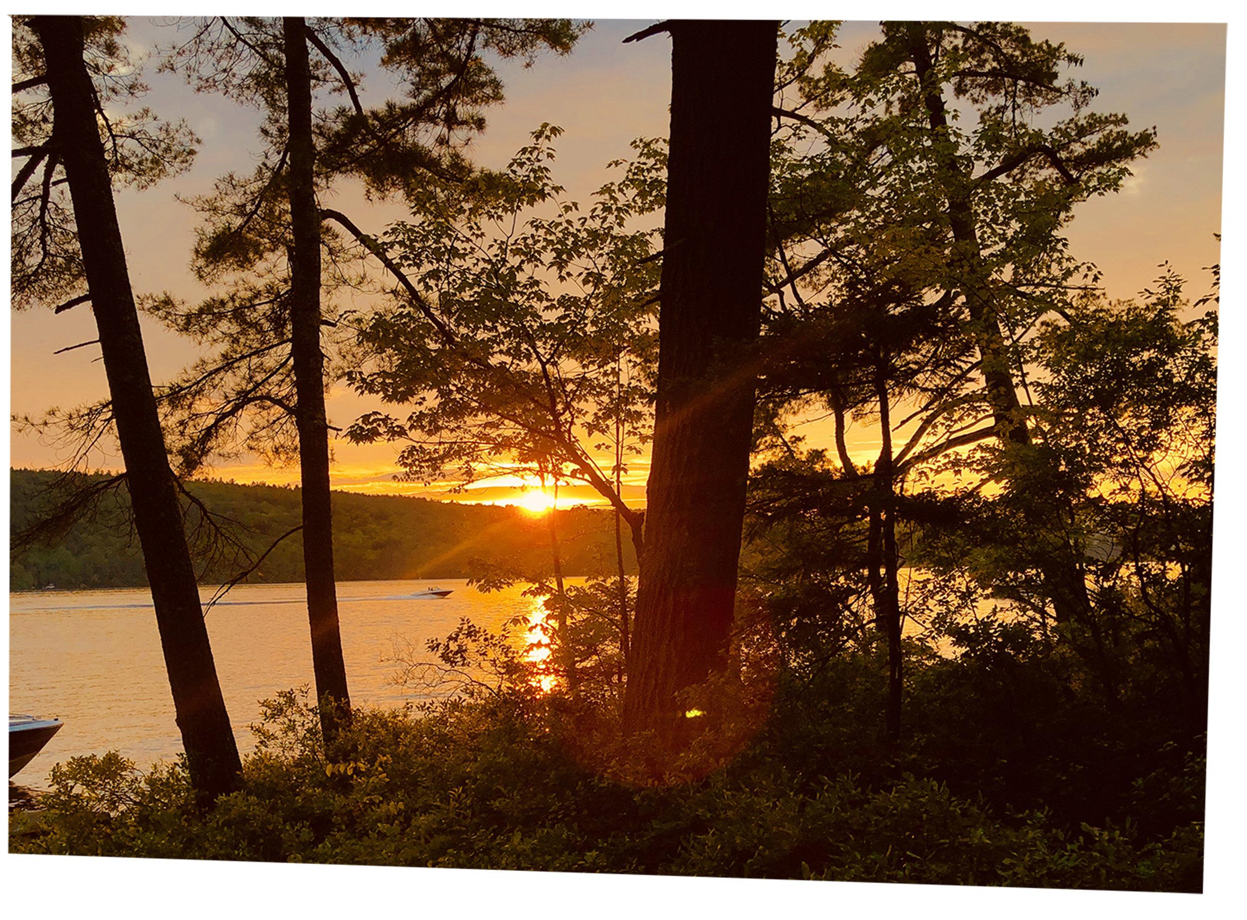 Sunset_Lot28_Livingroom_B3.jpg