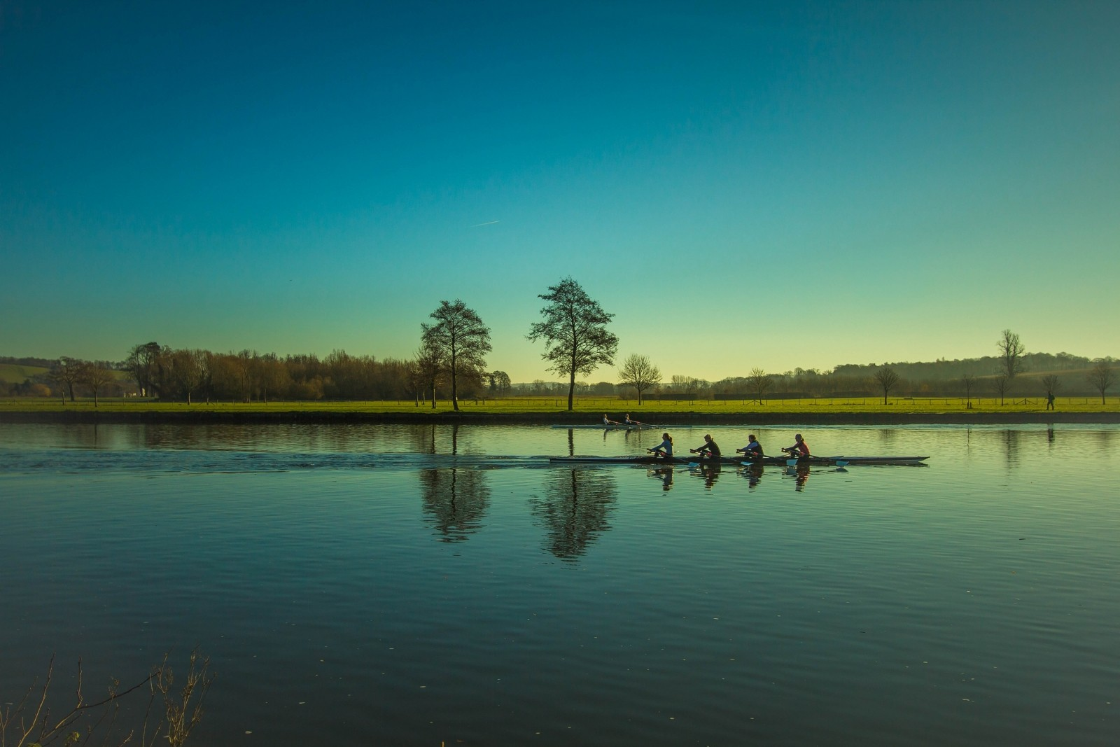 boating-rowing-river-kayak-reflection-sport-tema.jpg