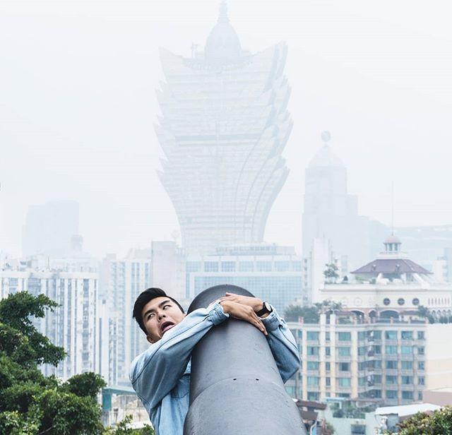 """Matt, take a serious photo."" -@benjaminjwang 📷"