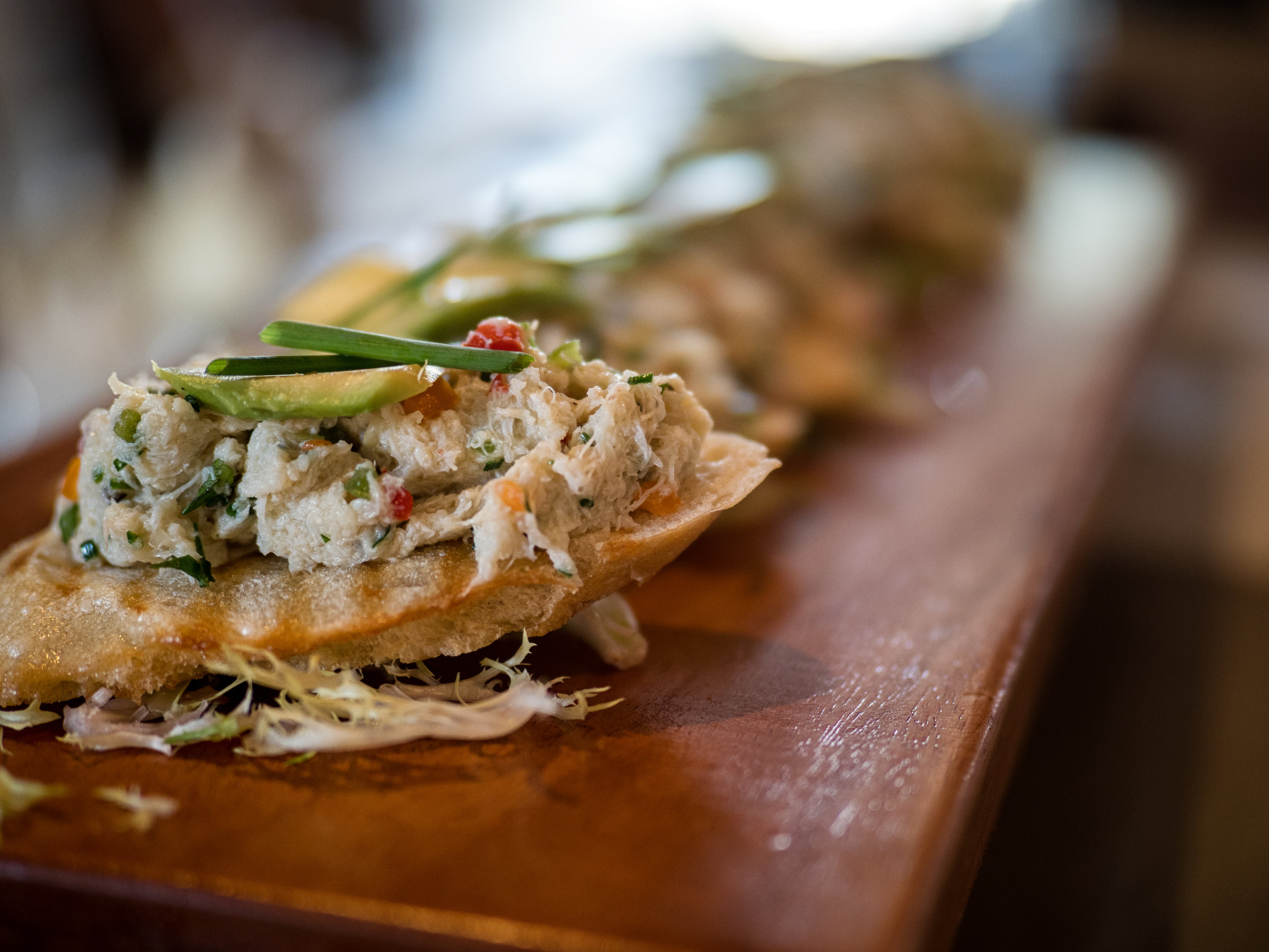 Musings by the Glass - Tips for Pairing Wine and Seafood - Lump Crab with Bell Pepper, Avocado and Brushetta