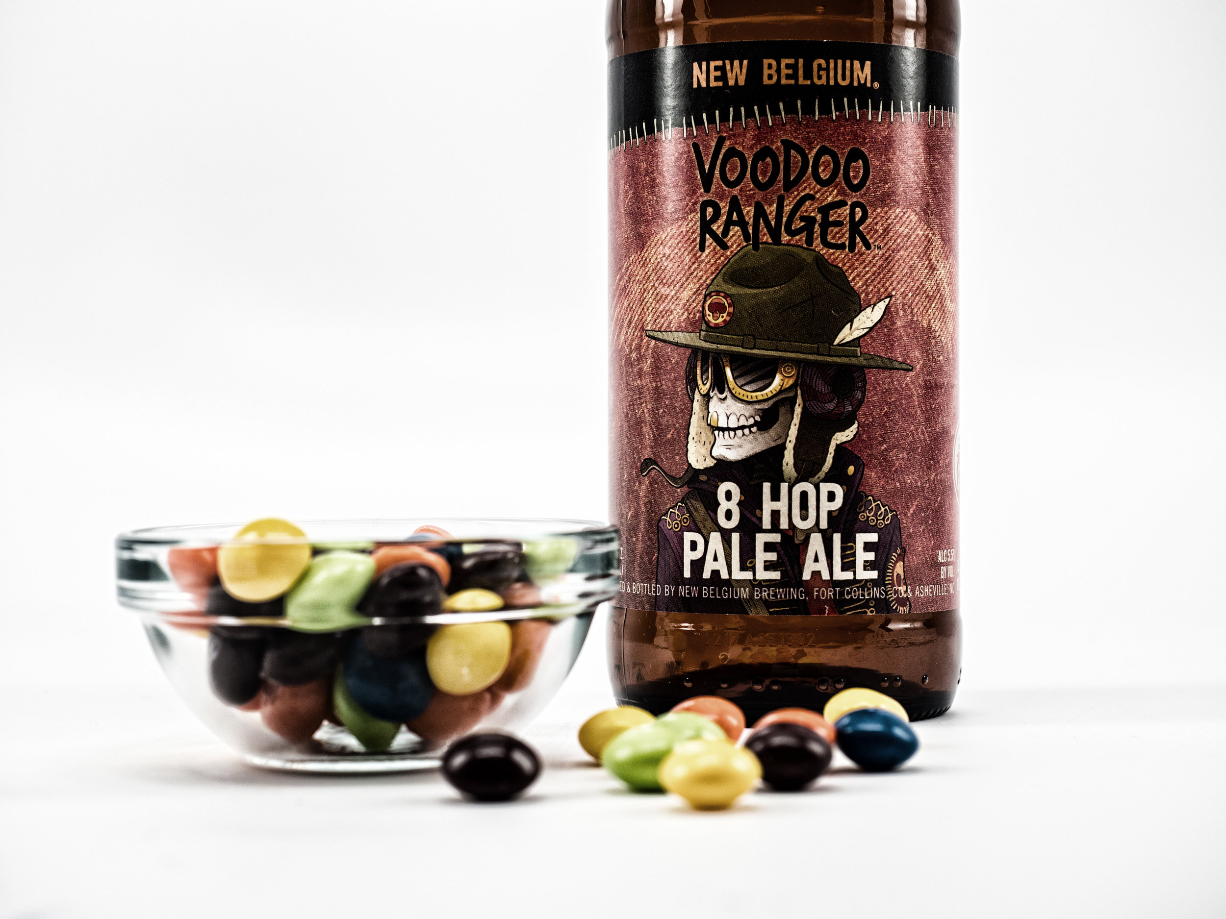 Musings by the Glass - Pairing Beer with Halloween Candy - Voodoo Ranger 8 Hop Pale Ale and Skittles