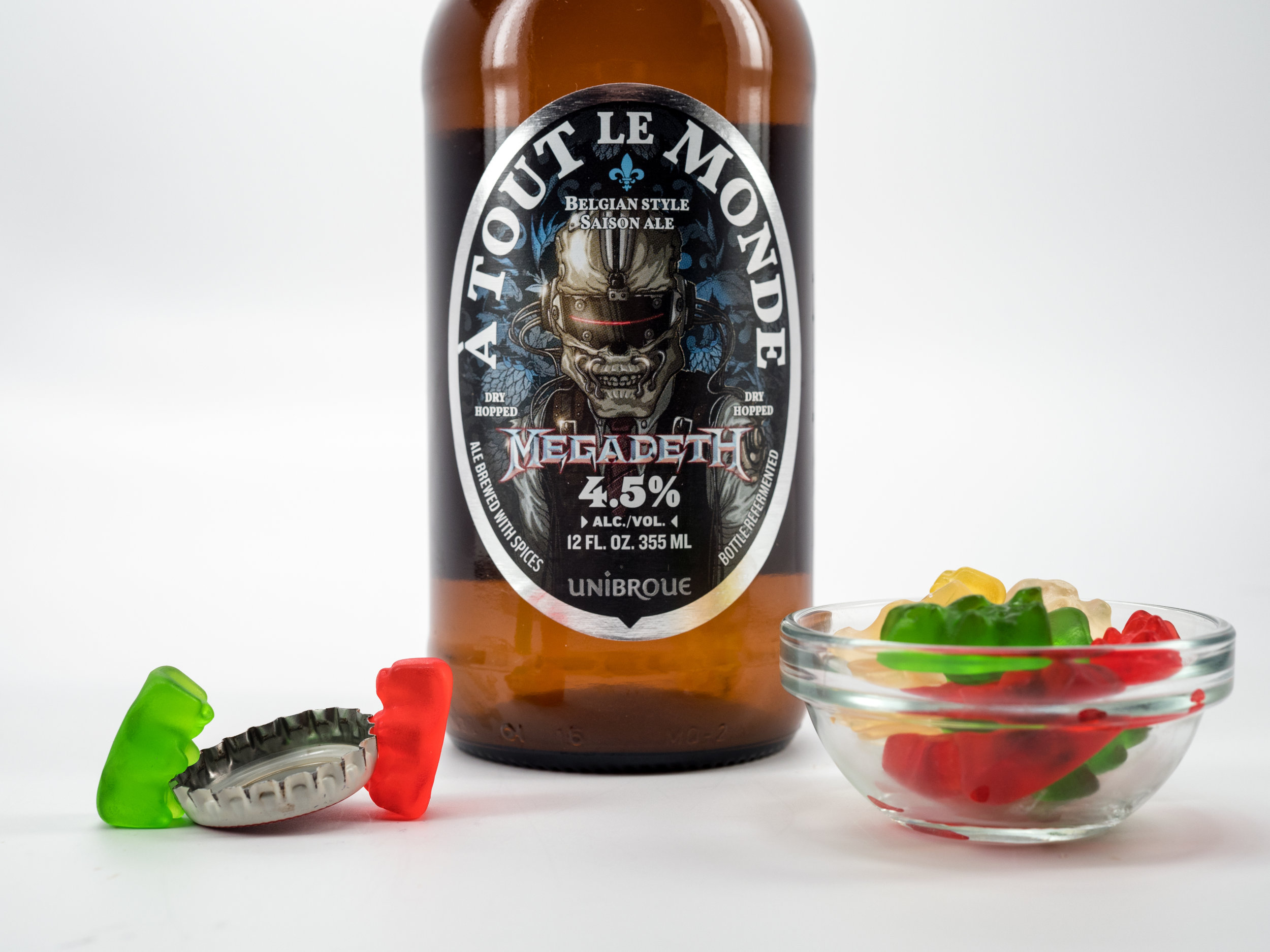 Musings by the Glass - Pairing Beer with Halloween Candy - Unibroue Megadeth Belgian Style Saison and Gummy Bears