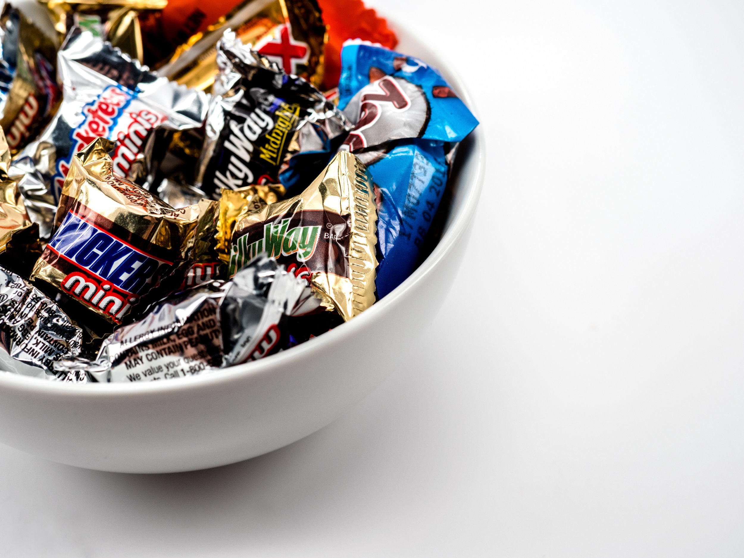 Musings by the Glass - Tips for Pairing Beer and Halloween Candy - Halloween Candy Bowl