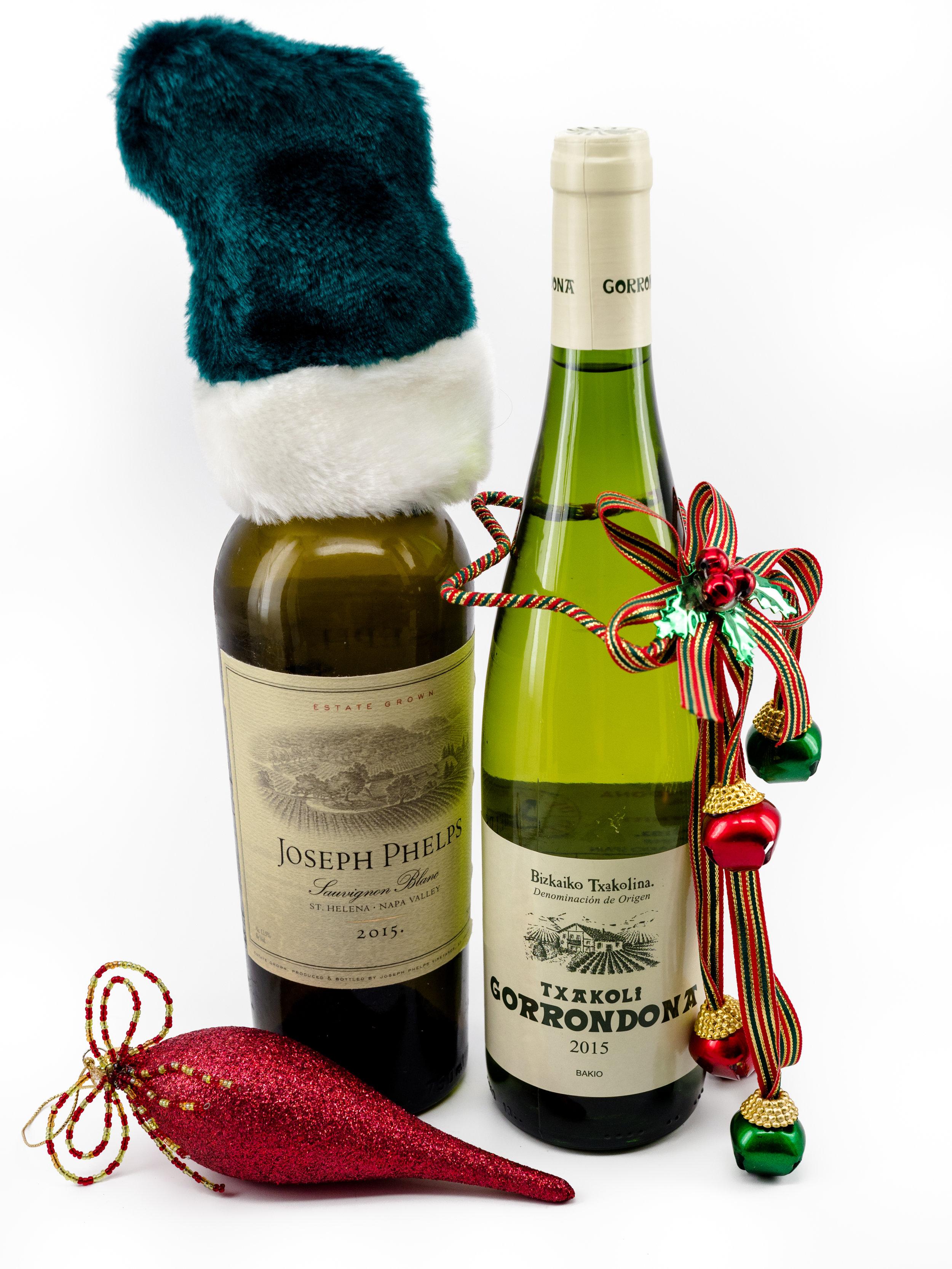 Musings by the Glass - Mele Kalikimaka - Hawaiian Christmas Music and Wine Pairings - Wine and Christmas!
