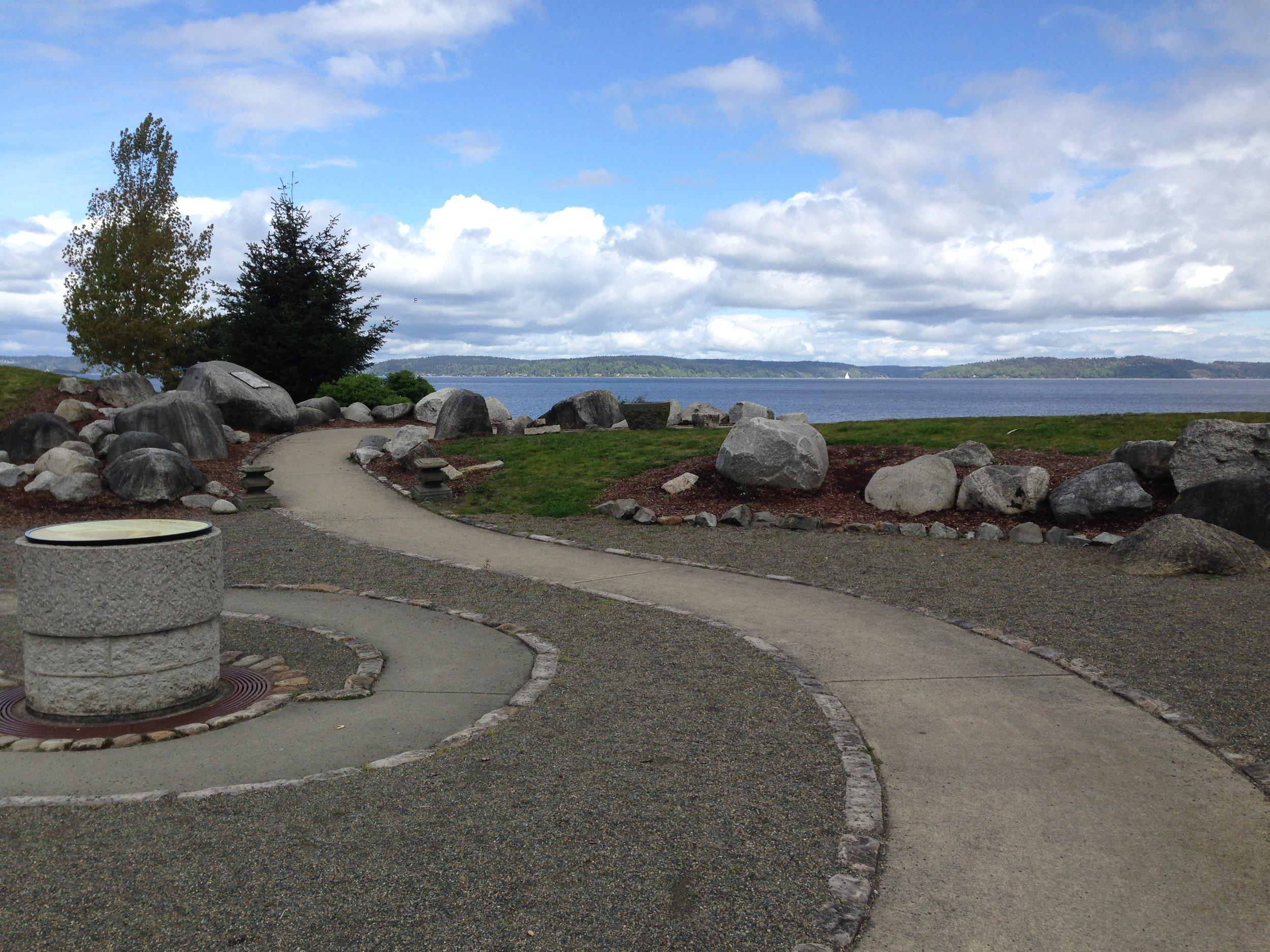Walkway overlooking Commencement Bay. Cesare Bigolin.