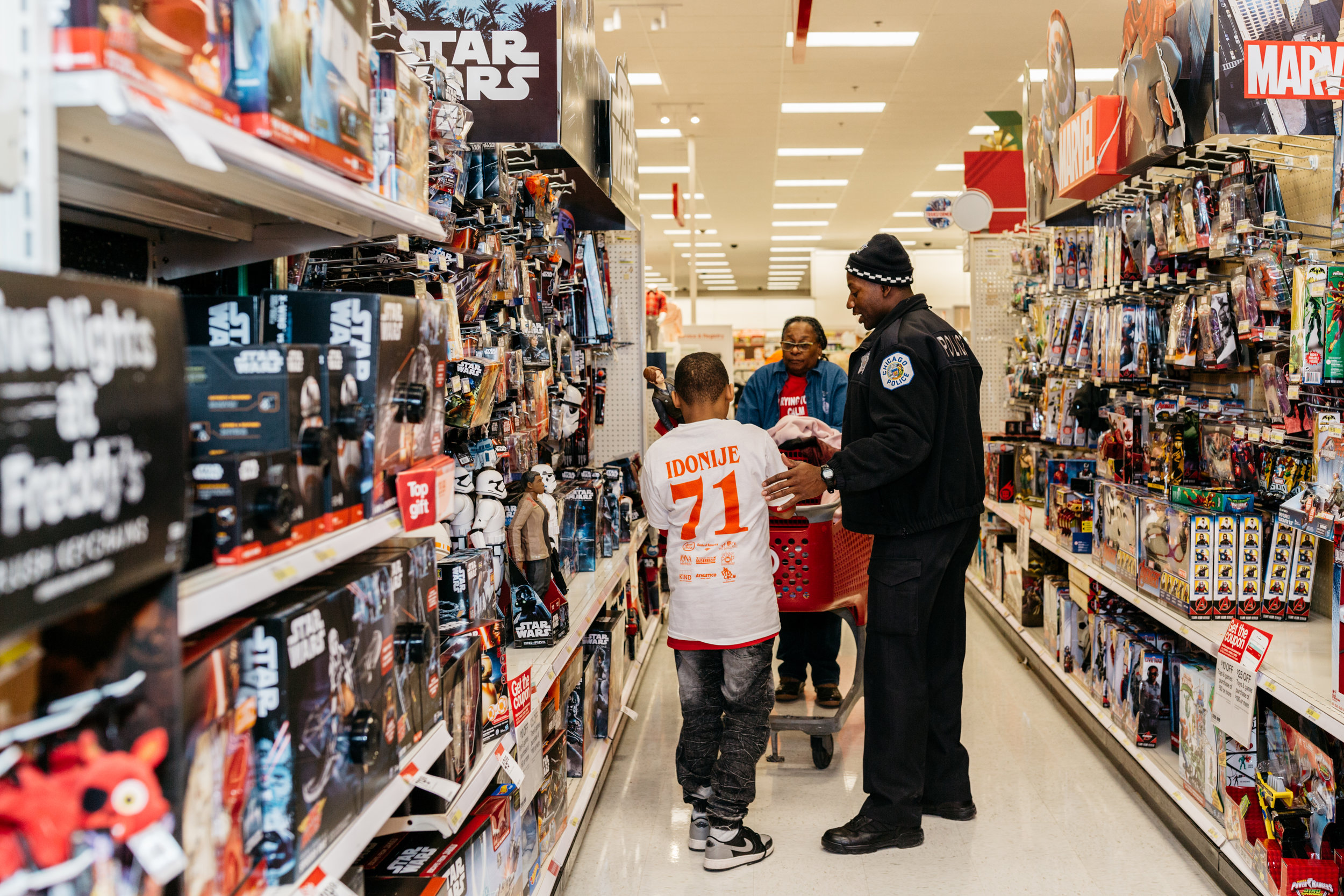 Shop_With_A_Cop_2016-180.jpg