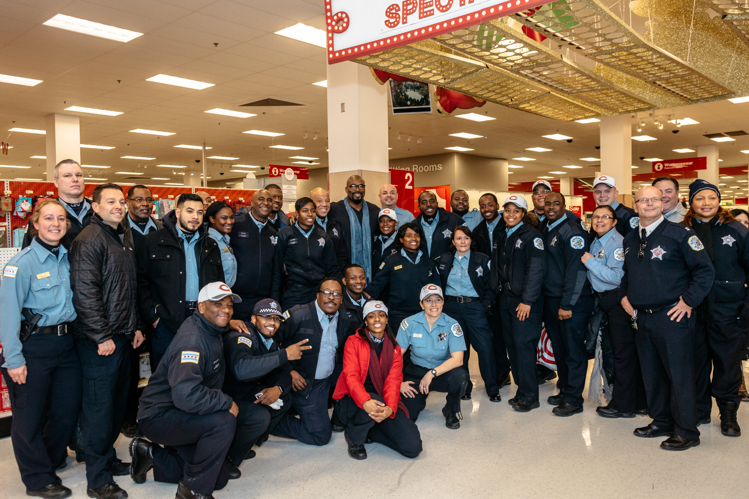 Shop_With_A_Cop_2016-192.jpg