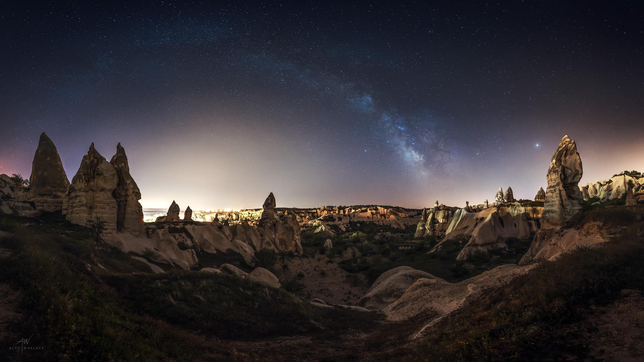 Pigeon-Valley-Panorama-Cappadocia-Milky-Way.jpg
