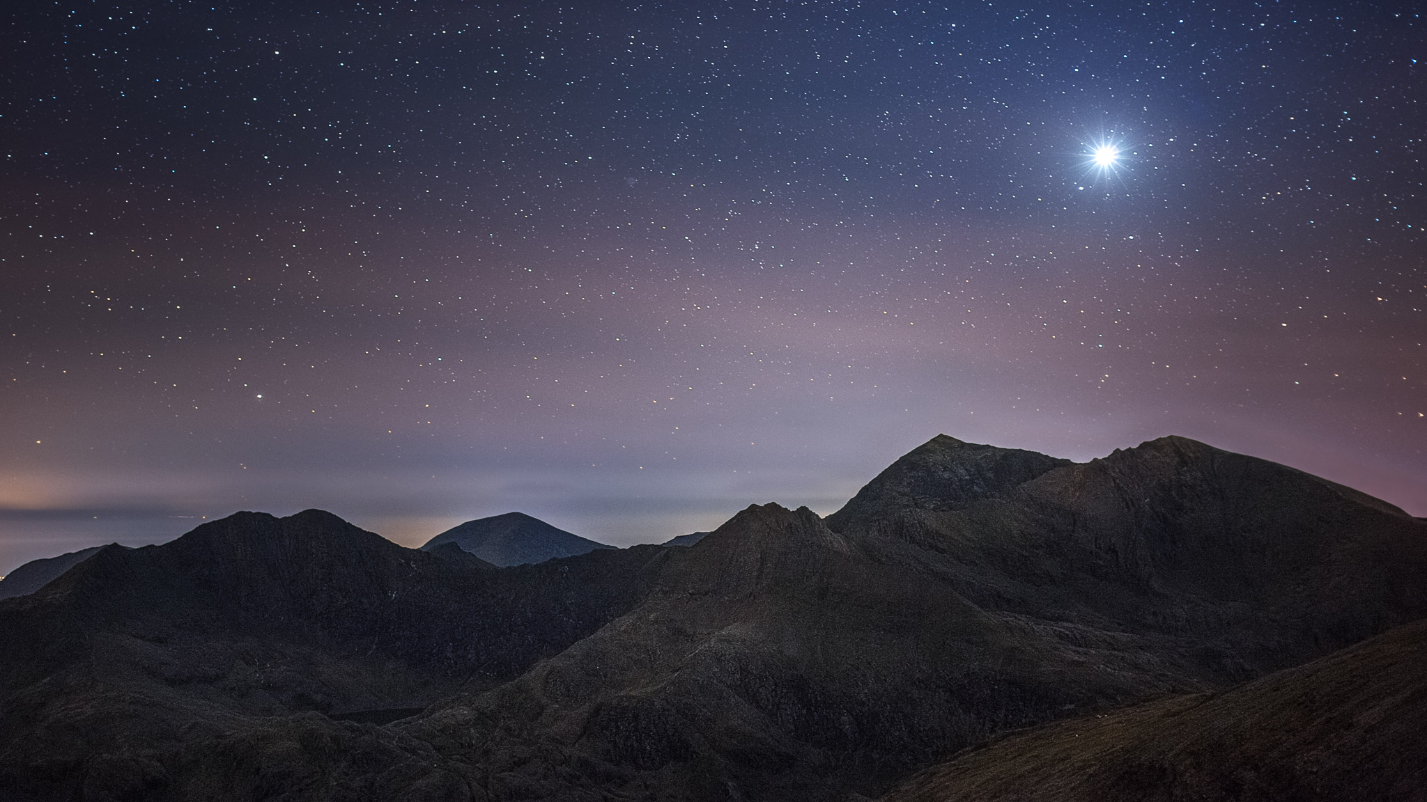 Venus above the Snowdon horseshoe