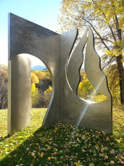 Seeking Truth  1992, stainless steel, 102x90x48 in