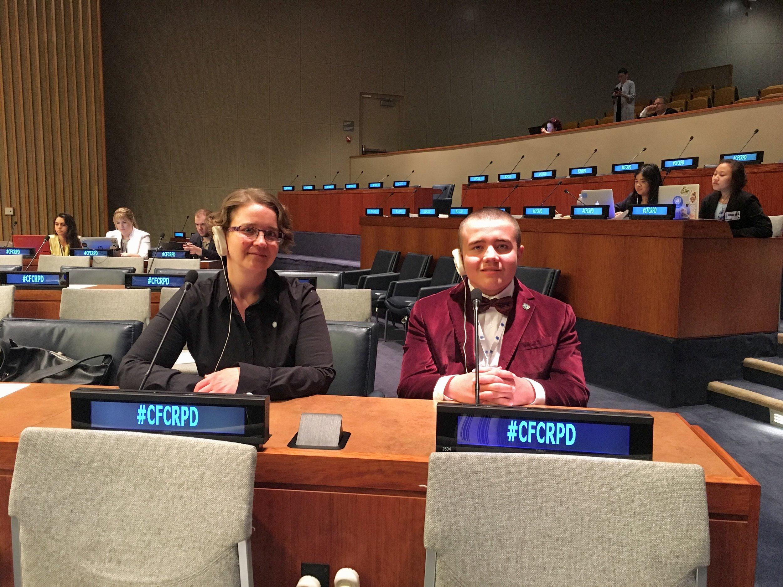 Participation au forum de la société civile