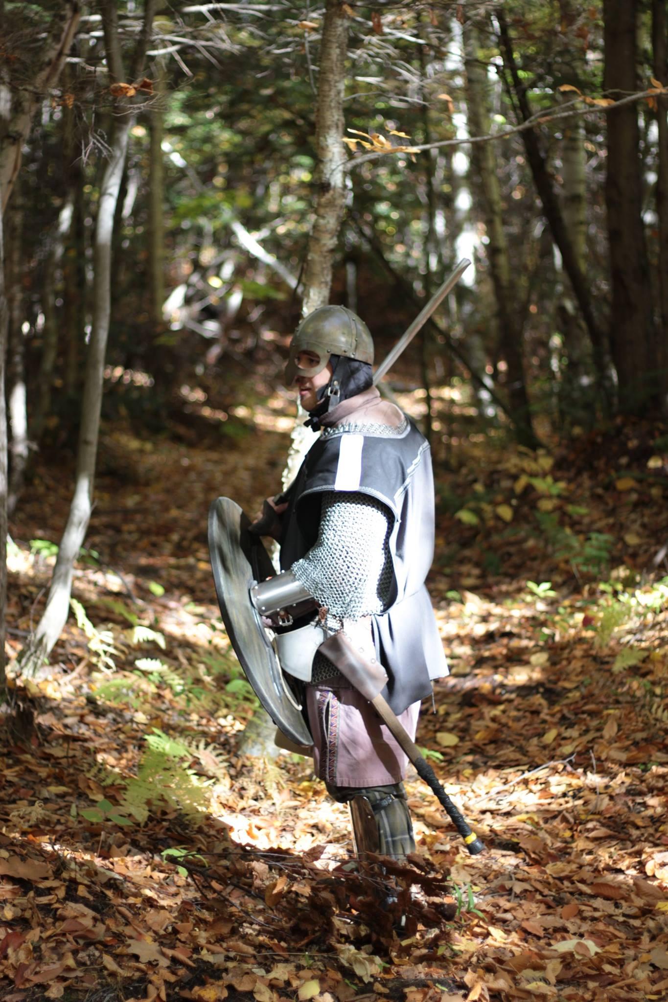 Hans viking au GN dans le bois.jpg