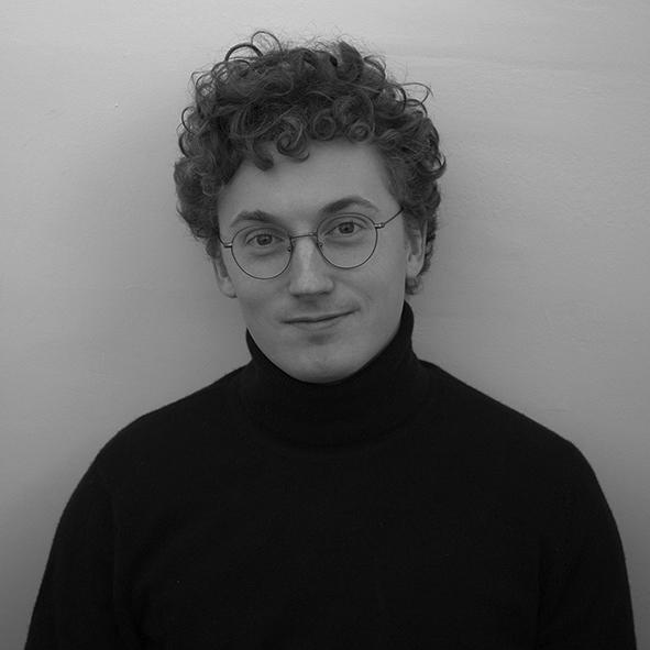 Rémi Buscot   Rémi Buscot travaille chez Atelier d'Architecture Autogérée où il dirige des chantiers de ferme urbaine et développe des stratégies de résilience pour la ville. Diplômé de l'INSA Strasbourg en 2016 après différents stages et voyages à travers le monde, il aime expérimenter de nouvelles techniques de mise en œuvre, notamment avec des matériaux de réemploi.