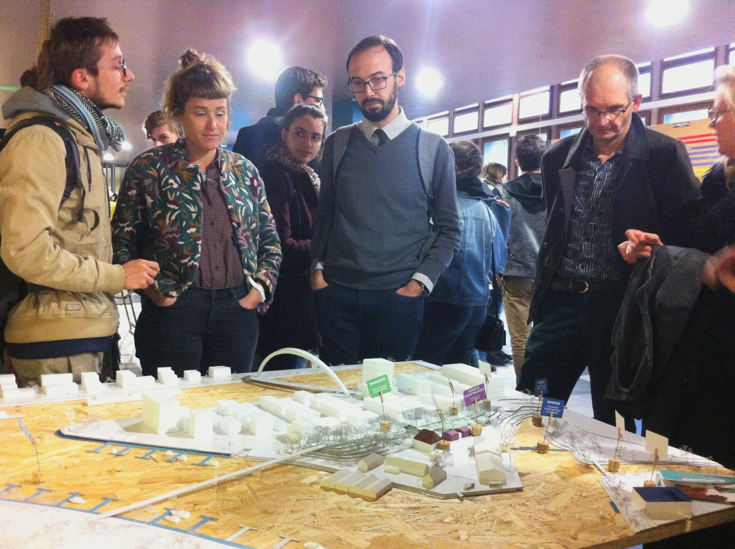 Exposition des maquettes finales lors des Journées de l'Architecture