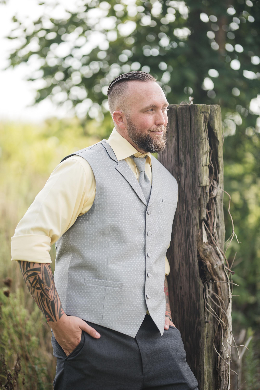 groom portrait lancaster ohio wedding photographer